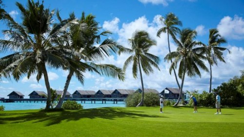 the_shangri_la_villingili_9_hole_golf_course_vzr6a