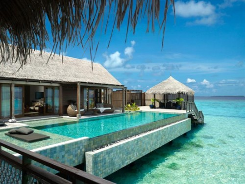 the_shangri_la_villingili_infiniti_swimming_pool_with_exposure_to_the_indian_ocean_zxgwb
